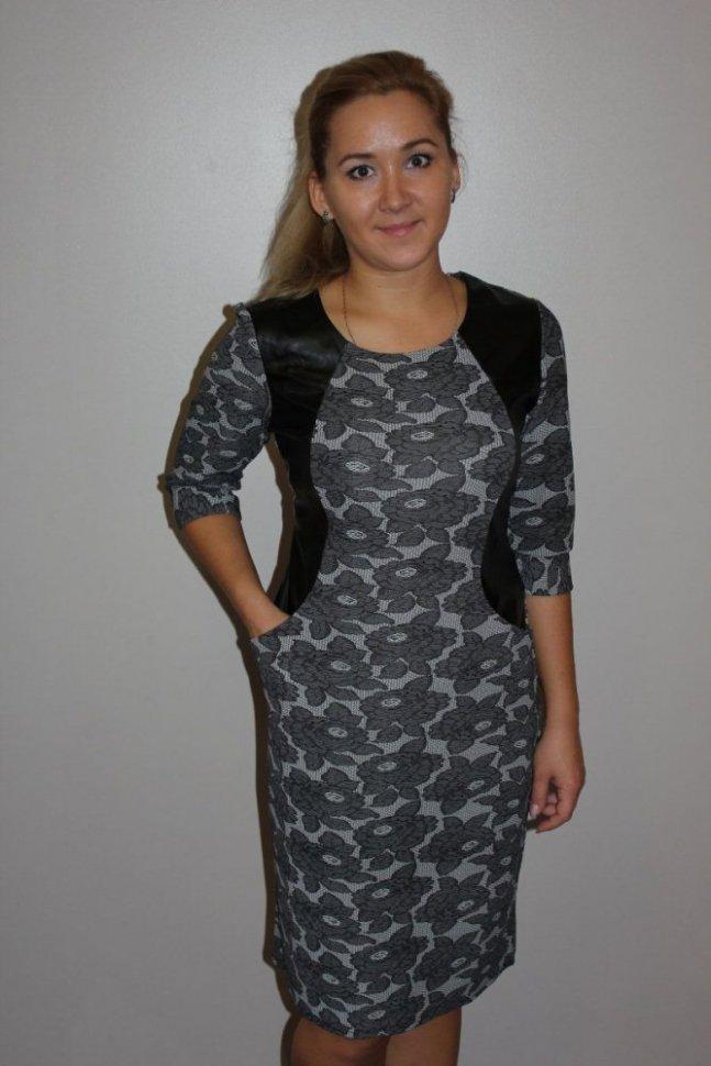 Платье трикотажное МадоннаПлатья<br><br>Цвет: Серый; Размер RU: 50, 52, 54, 56, 58, 60;